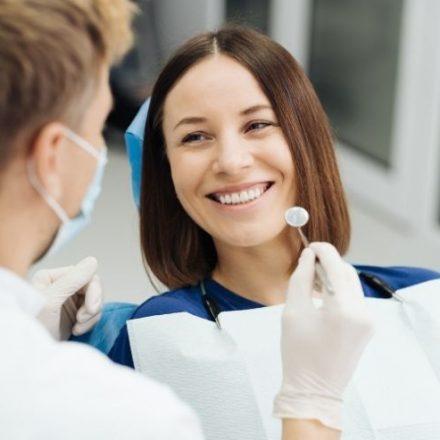 La importancia de las revisiones periódicas a tu dentista
